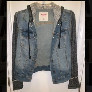 Mossimo hooded jean jacket. Size M